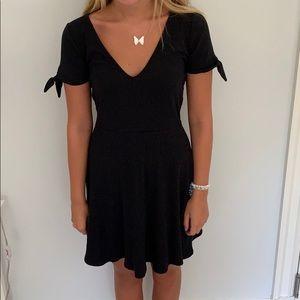 Black Abercrombie & Fitch Dress